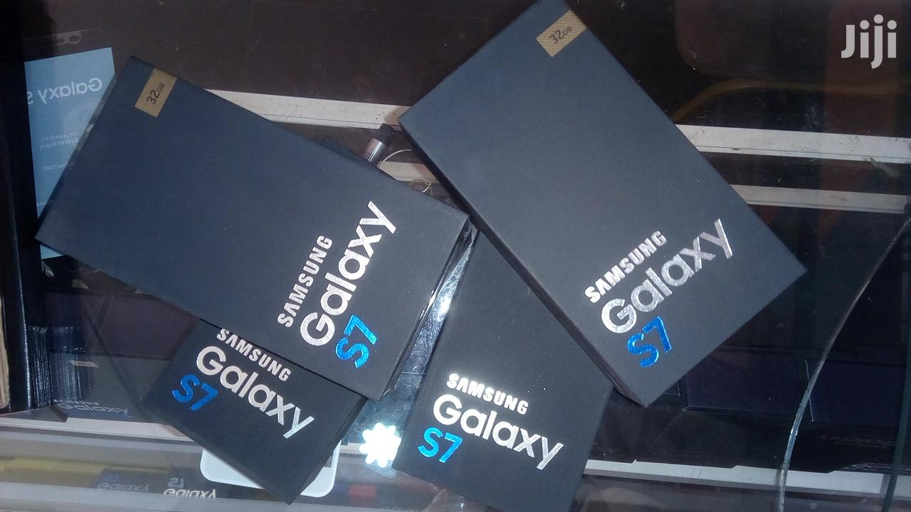New Samsung Galaxy S7 64 GB
