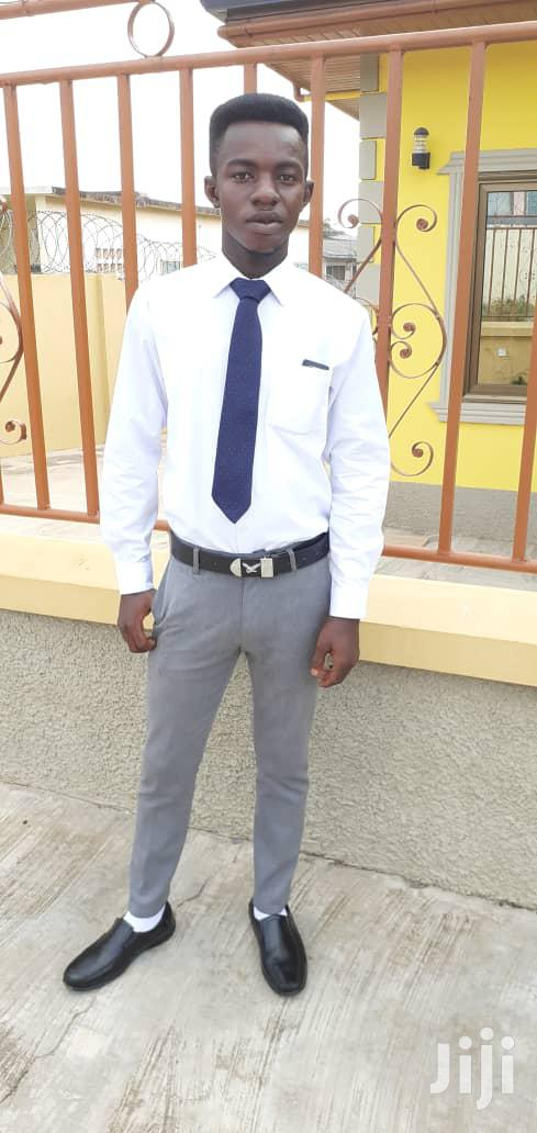 Receptionist With Accomodation