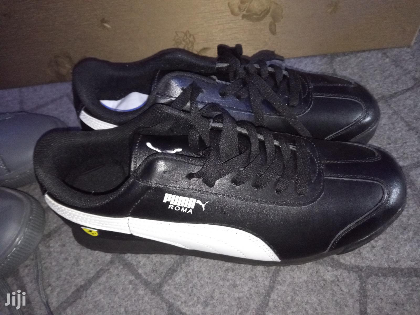 Archive: Puma Roma Black And White