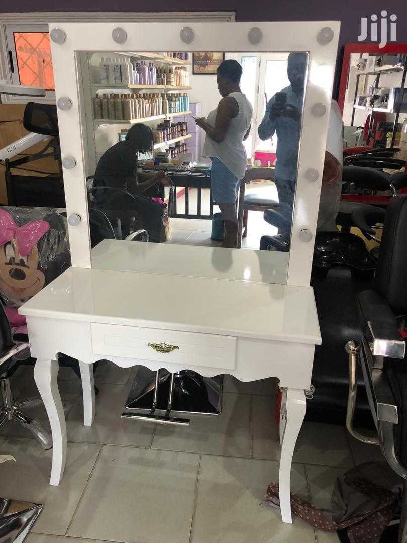 Makeup Tables