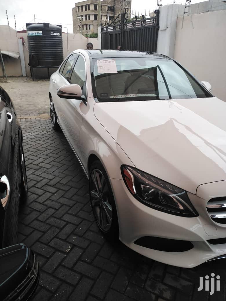 Archive: Mercedes-Benz C300 2018 White