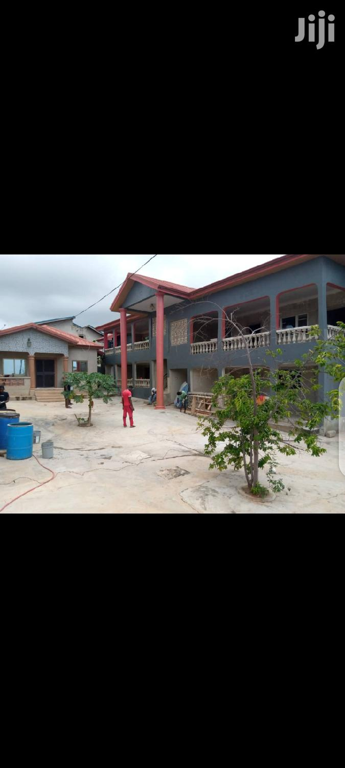 Archive: Executive 3 Bedroom Self Contained