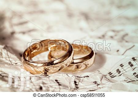 Customized Gold Rings