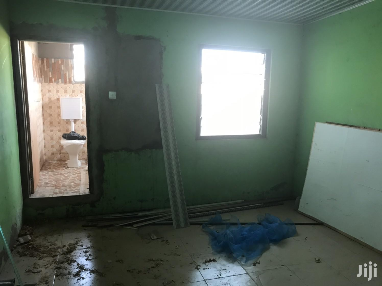 Chamber and Hall Self Contain in Teshie for Rent | Houses & Apartments For Rent for sale in Teshie new Town, Greater Accra, Ghana