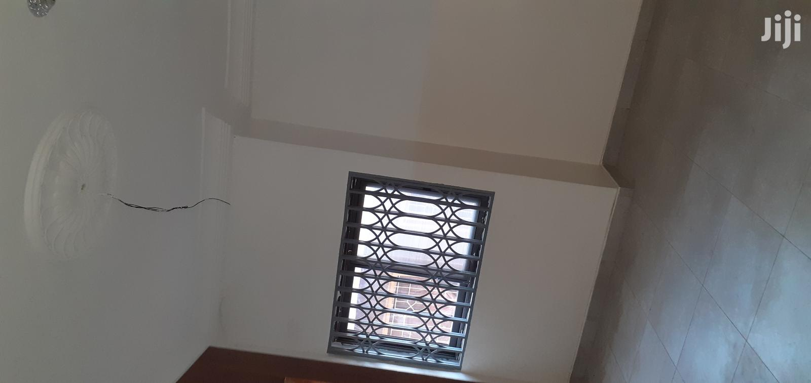 Archive: Newly Built 2 Bedrooms Flat at Tech Maxima