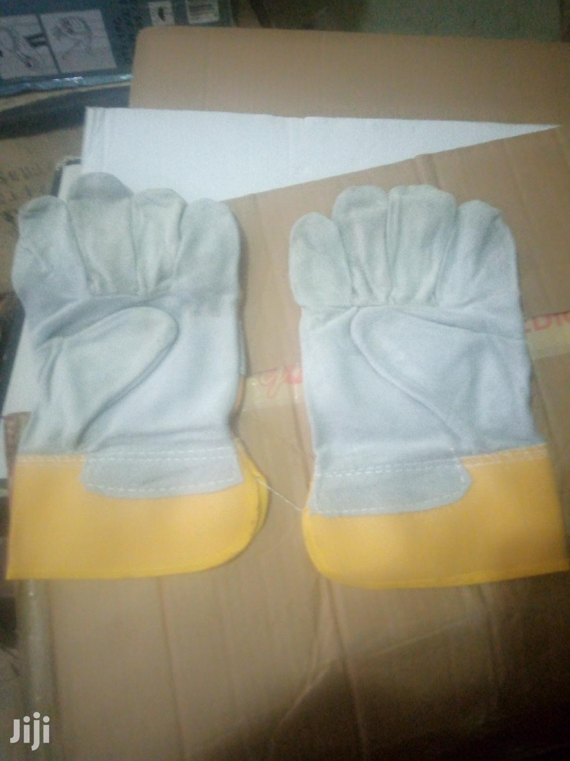 Quality Gloves