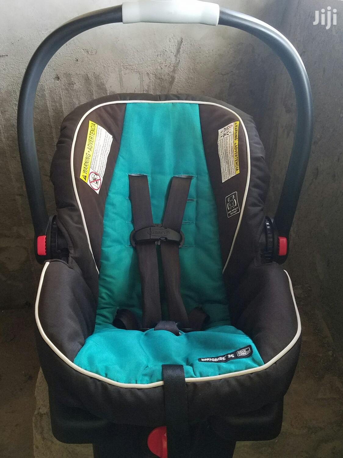 Archive: Real-Facing Graco Baby's Car Seat