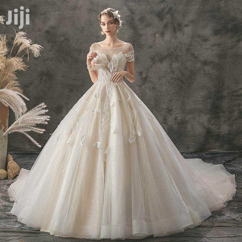 Archive: Princess New Train Ball Wedding Gown