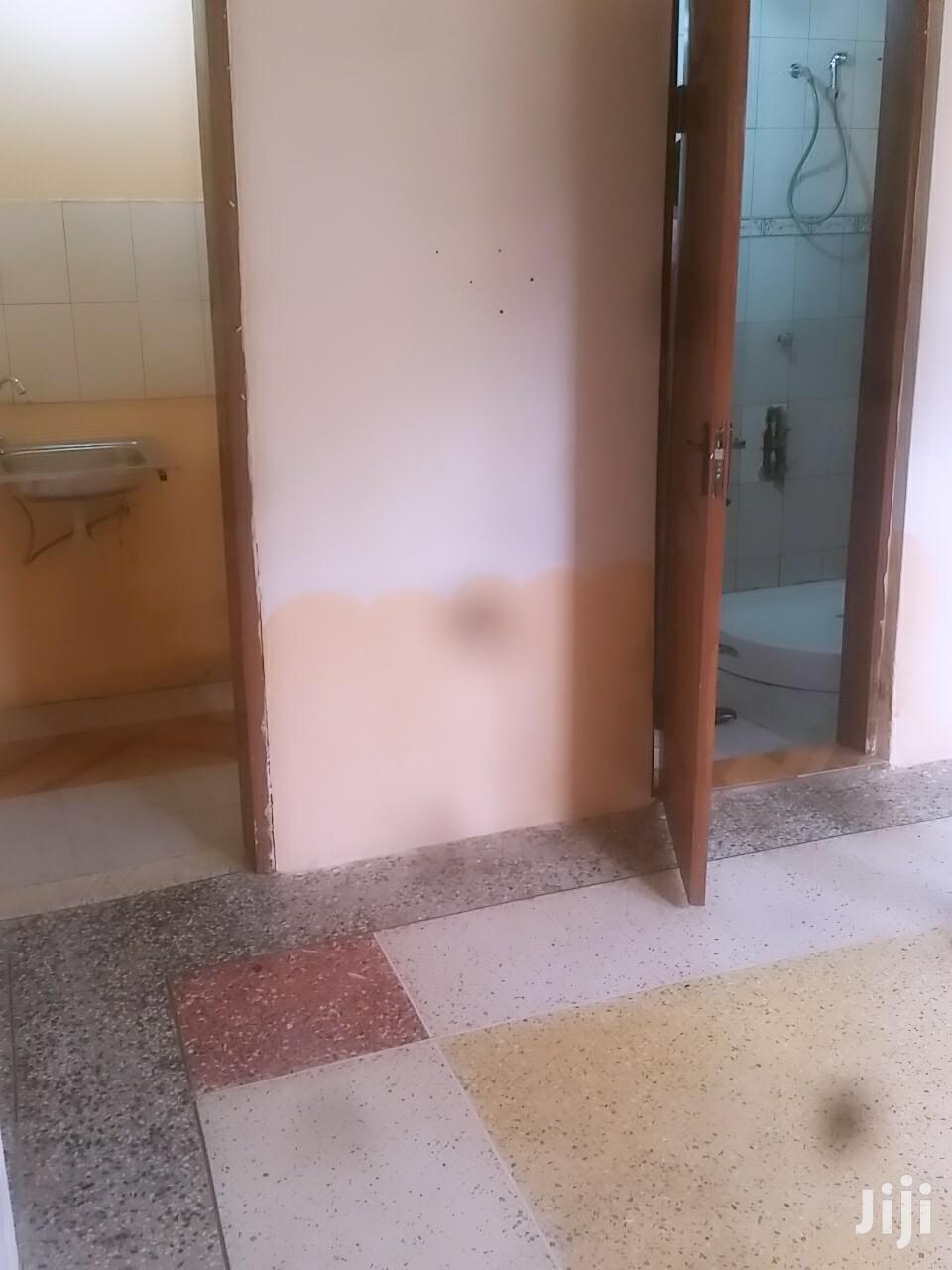 Archive: Single Room S/C at West Legon