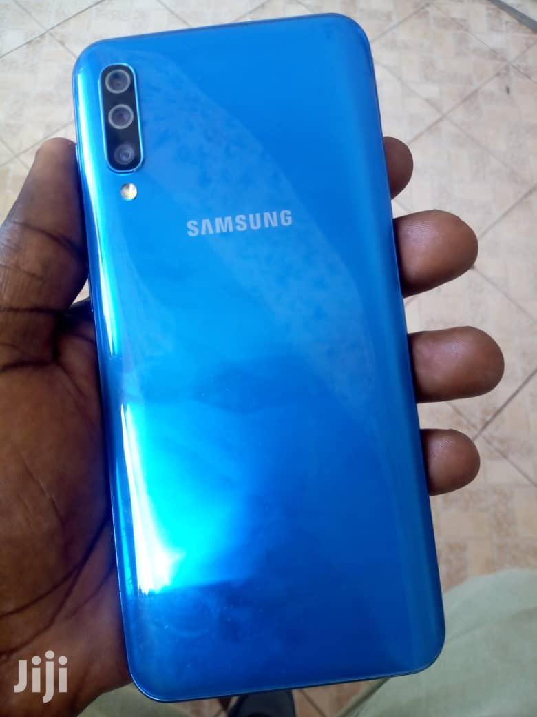 Archive: New Samsung Galaxy A50 128 GB Blue