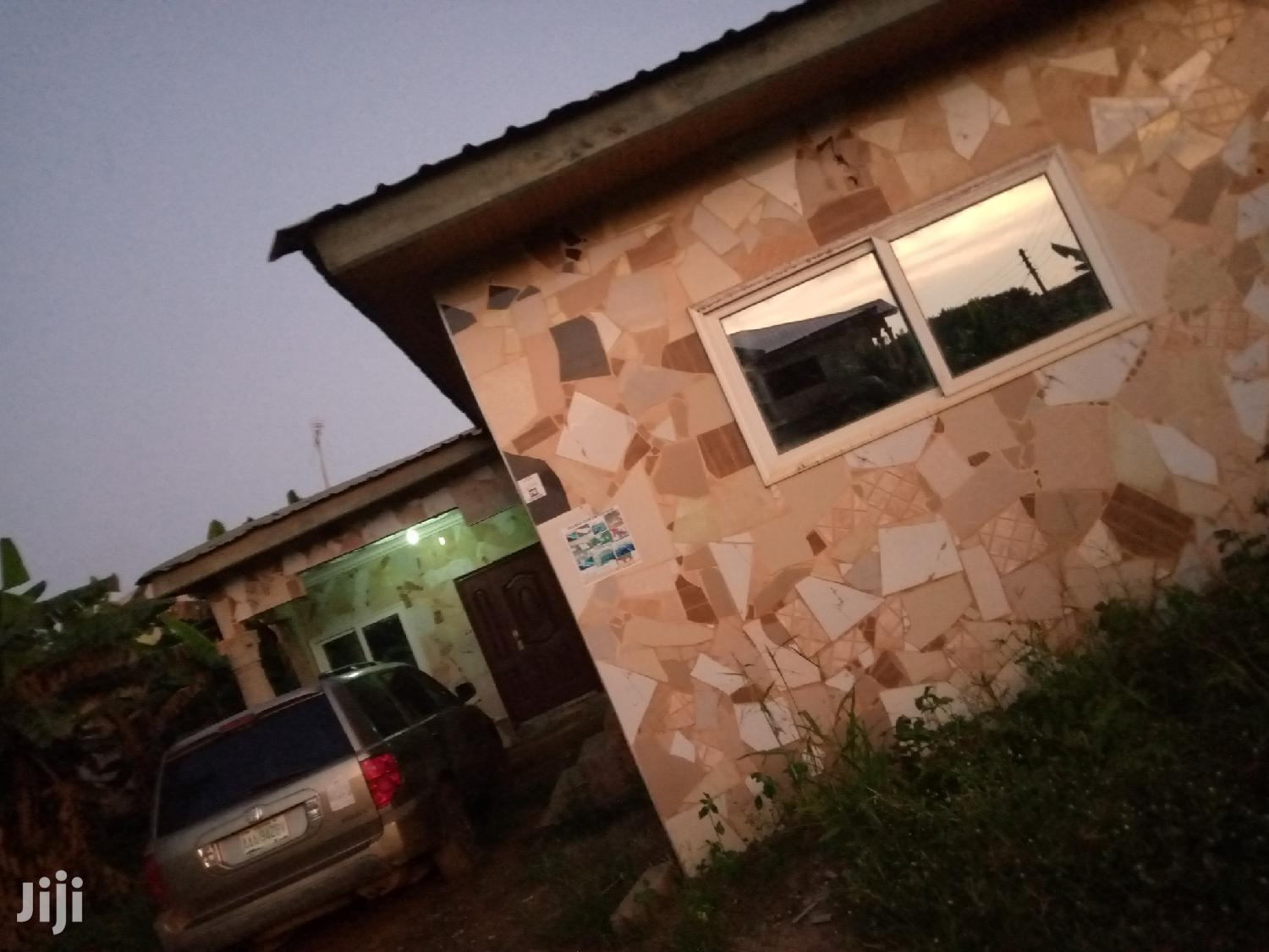 Archive: 3 Bedroom Self-Compound House for Rent in Cape Coast