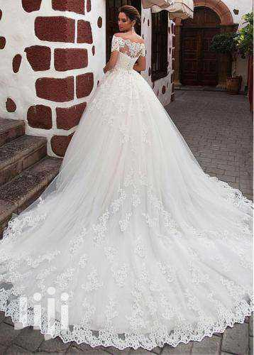 Archive: Beautiful Off-Shoulder Wedding Gown