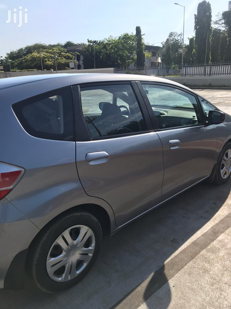 Archive: Honda Fit 2011 Automatic Gray