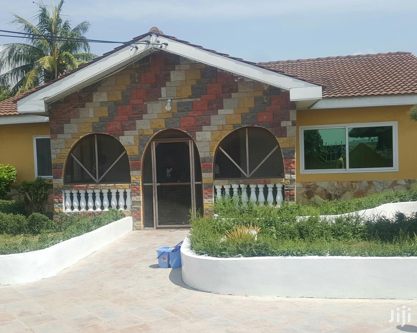 Archive: Three Bedroom House At Mccarthy Hills For Rent