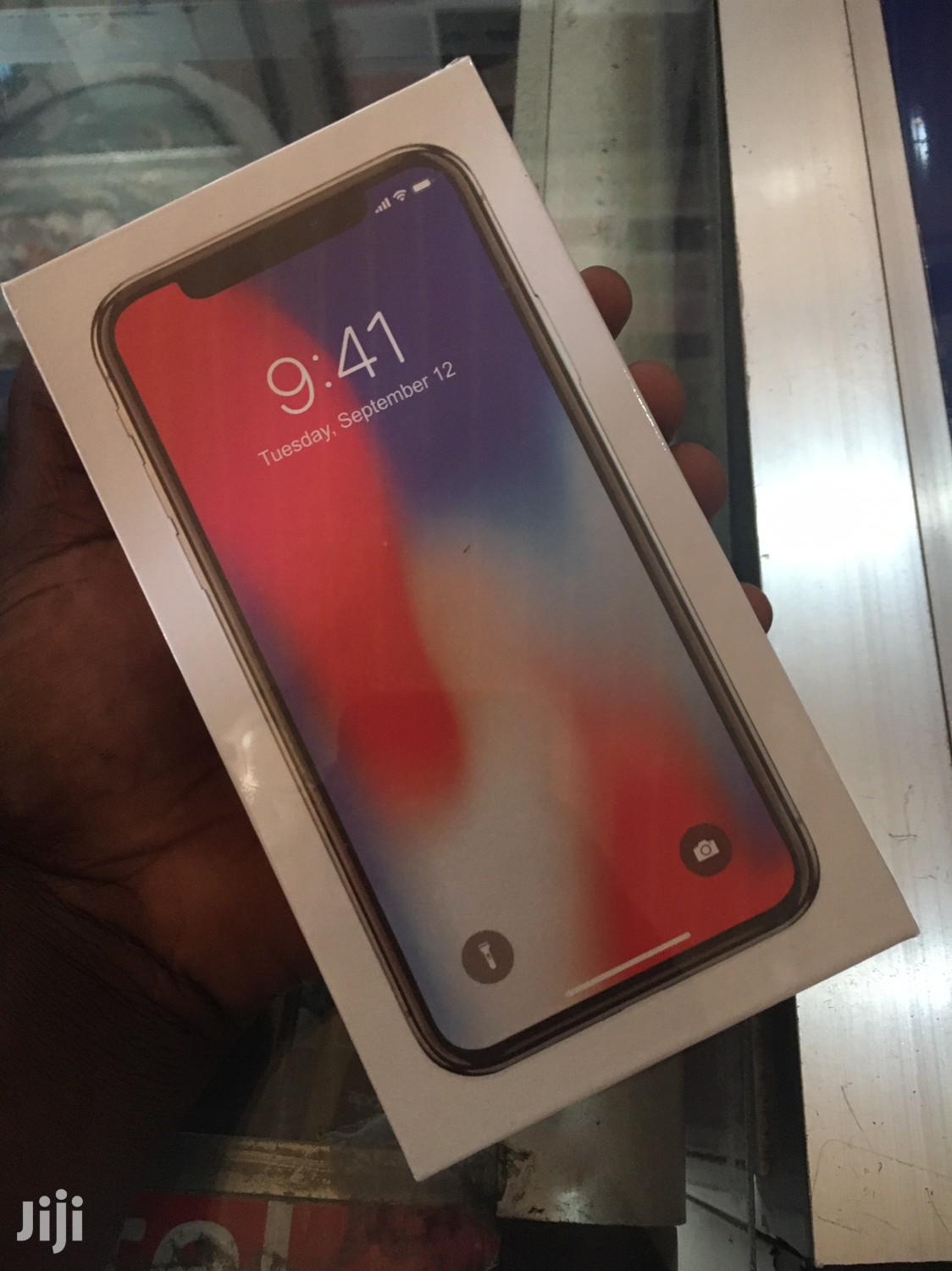 New Apple iPhone X 256 GB