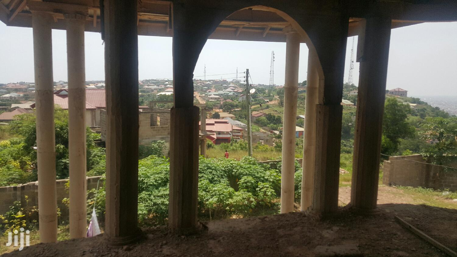 Archive: Uncompleted 7 Bedroom House Broadcasting West Hill Mall