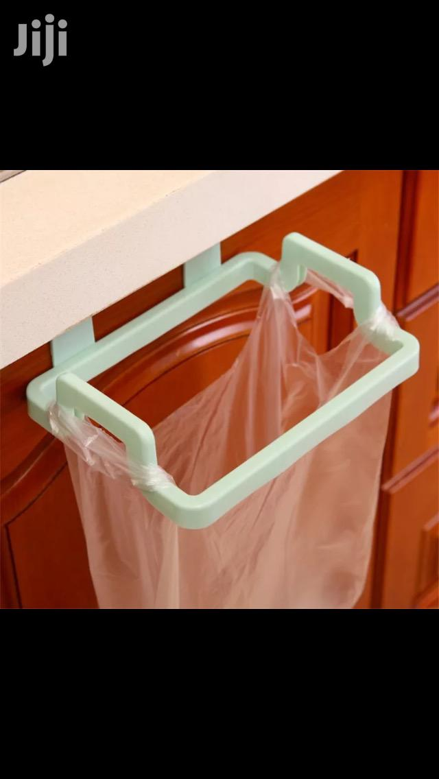 Kitchen Robber Rubbish Holder