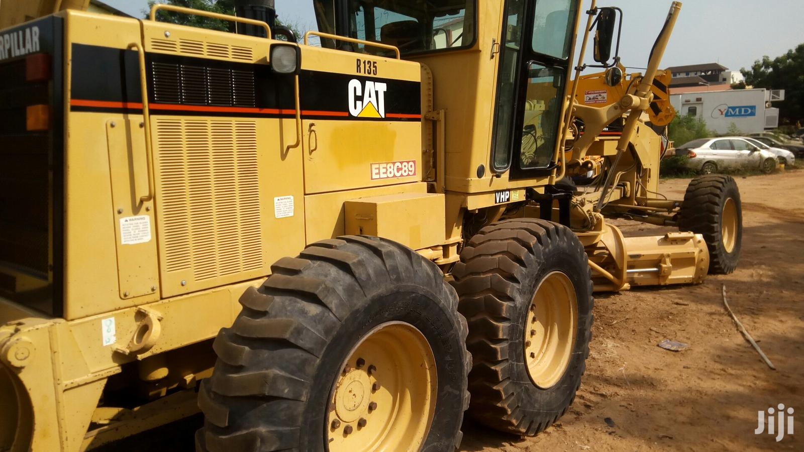Archive: A Very Strong Foreign Used CAT Grader For Sale