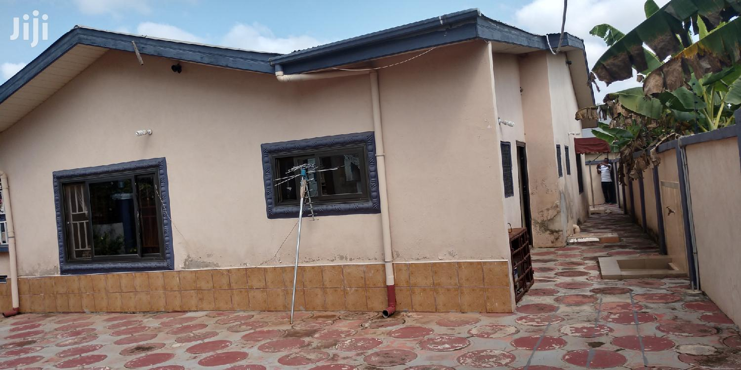 Archive: 5 Bedrooms House For Sale At Santasi Trede