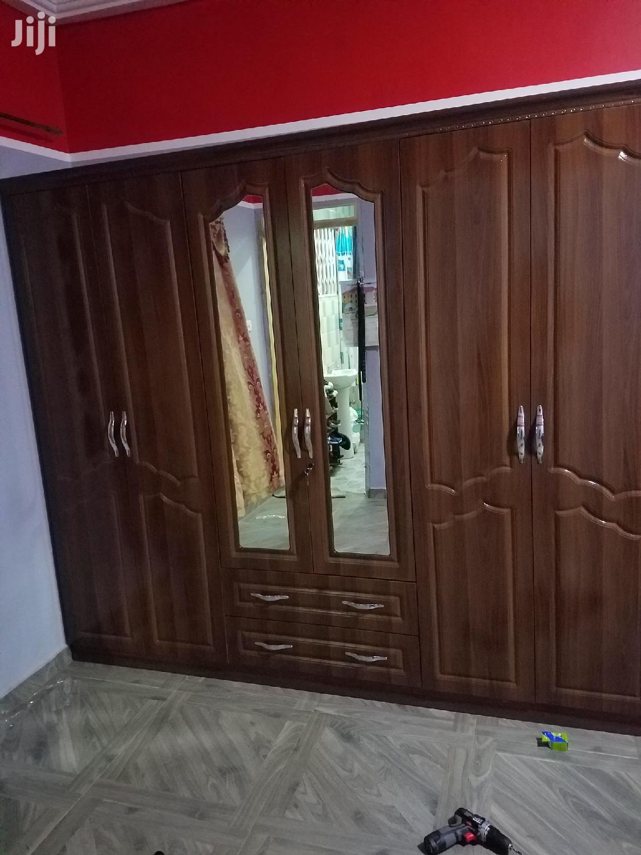 Wardrobe 6 Doors