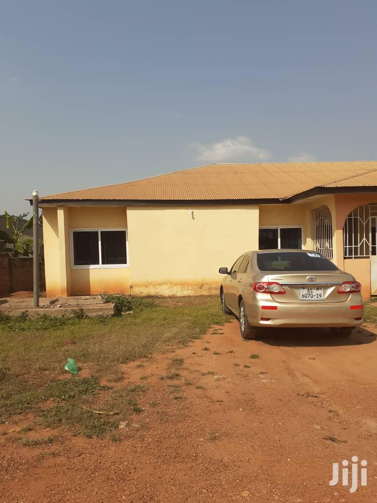 5 Bedrooms House For Quick Sale