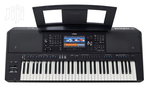 Yamaha PSR SX700 Workstation Keyboard