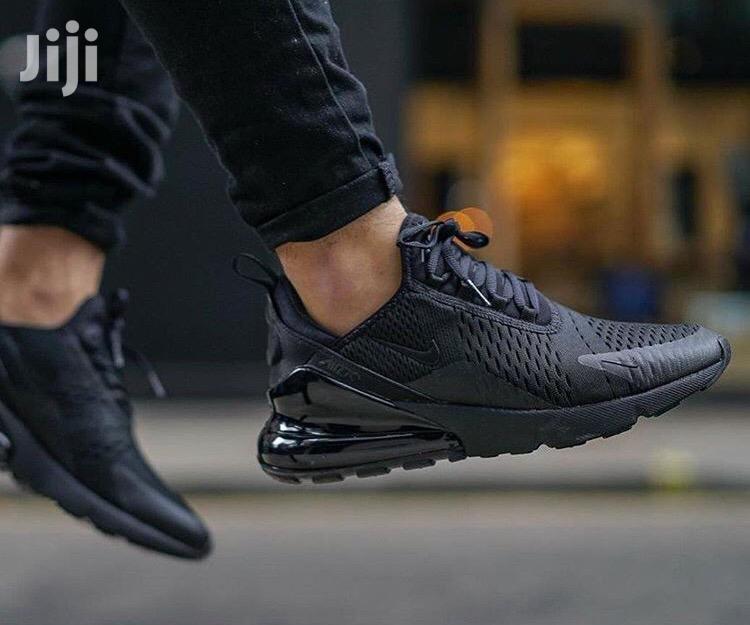 nike 270s all black