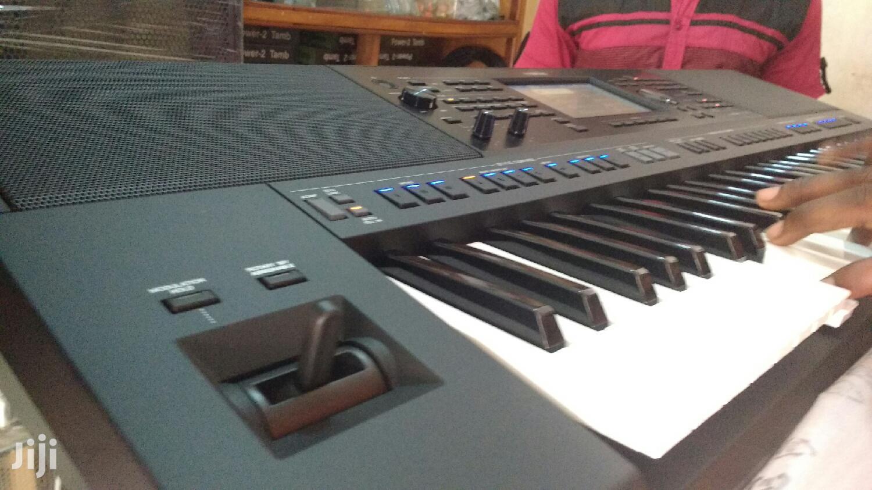 Yamaha PSR SX700 Workstation Keyboard | Musical Instruments & Gear for sale in Kokomlemle, Greater Accra, Ghana