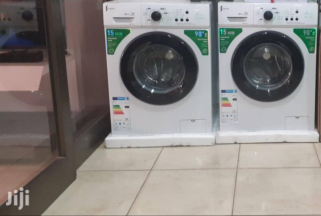 Syinix 6kg Front Load Automatic Washing Machine | Home Appliances for sale in Adenta Municipal, Greater Accra, Ghana