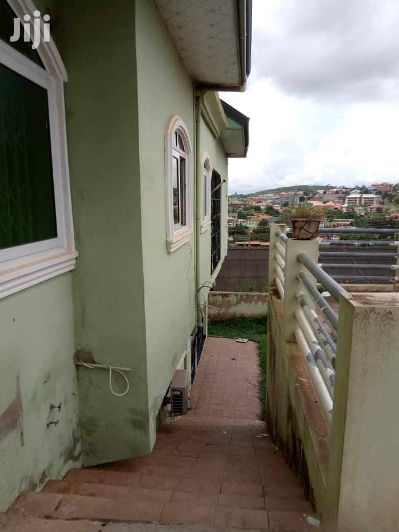 Italian Finished 7 Bedroom House- Kwabenya
