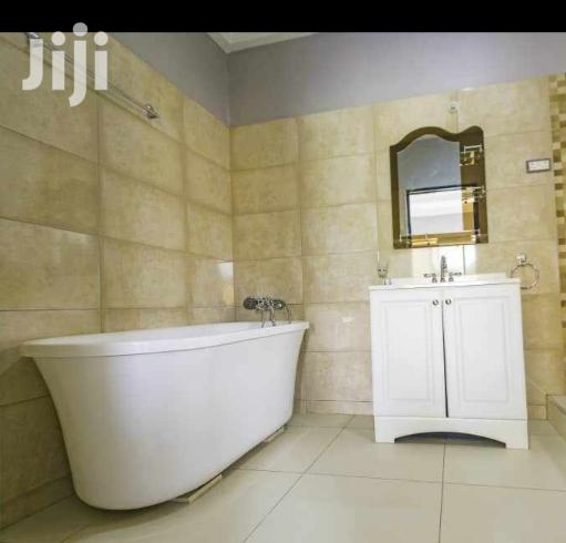 Archive: Freestanding All White Acrylic Bathtubs For Sale