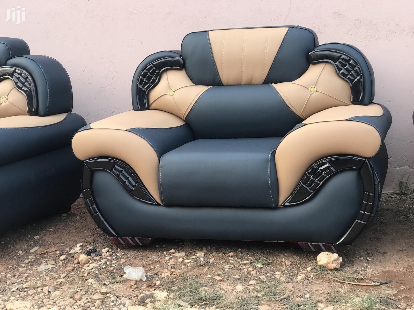 Quality Model Leather Sofa | Furniture for sale in Kumasi Metropolitan, Ashanti, Ghana