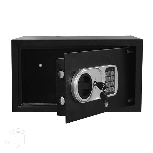 Safe Electronic {Vs845979}