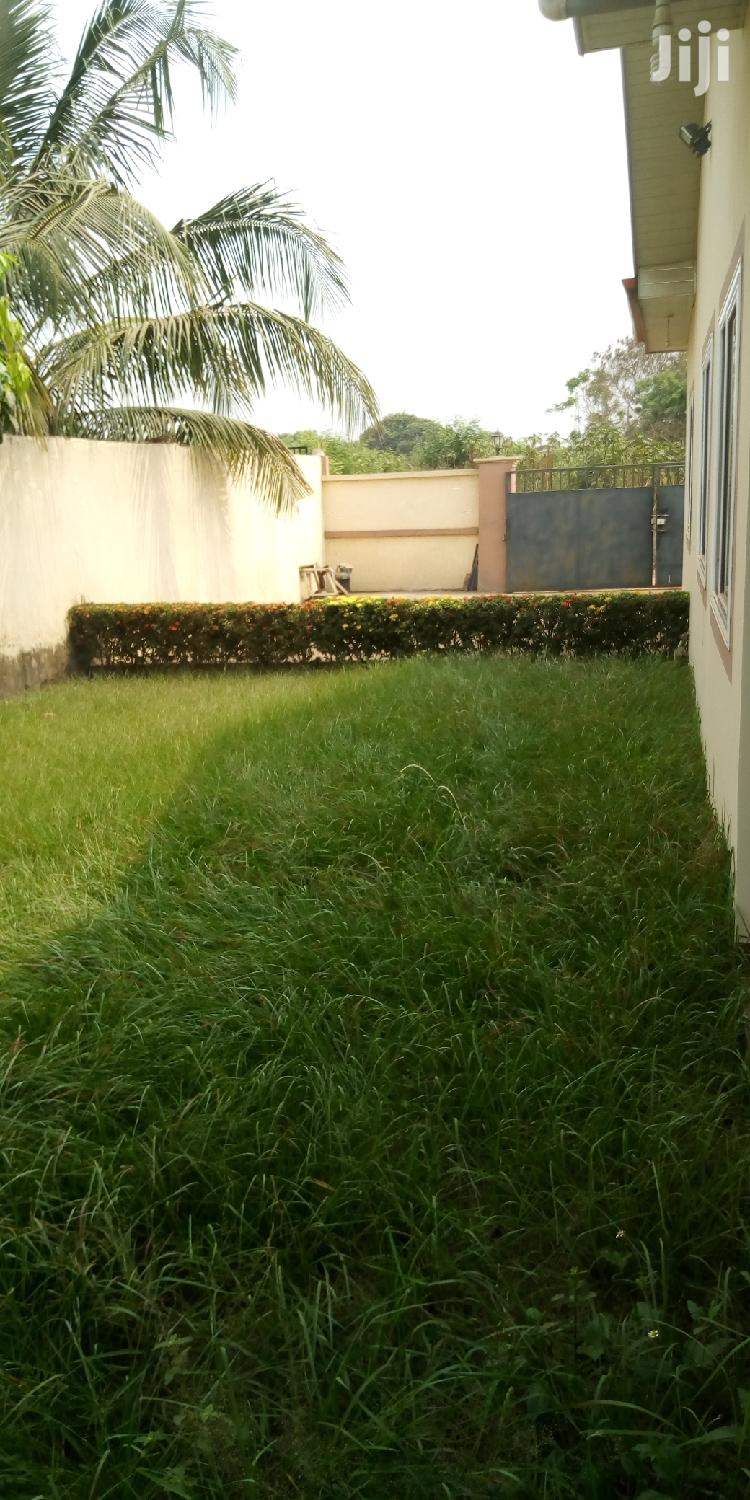 Executive 3 Bedrooms House For Sale At Adenta Near Pentecost Junction | Houses & Apartments For Sale for sale in Adenta Municipal, Greater Accra, Ghana