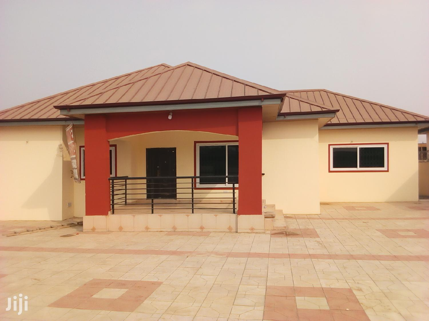 Three Duplex With 4 Washroom For 1yr Kasoa After Yoo Mart | Houses & Apartments For Rent for sale in Awutu Senya East Municipal, Central Region, Ghana