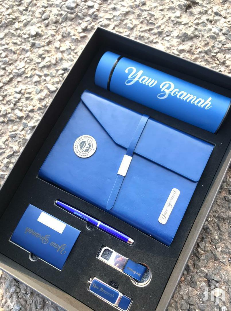 Archive: Gift Set Customized