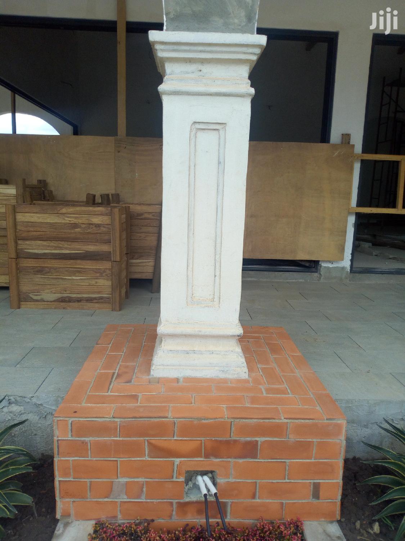 Parapet, Window Design Pillar Design