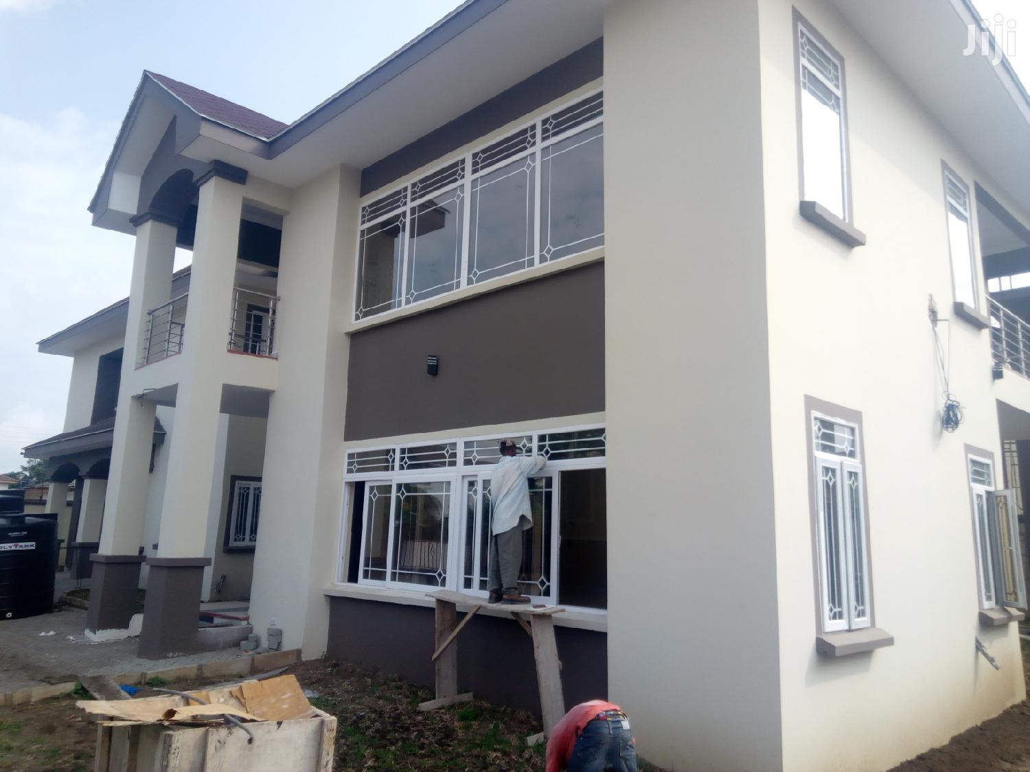 Executive 4 Bedroom House At East Legon