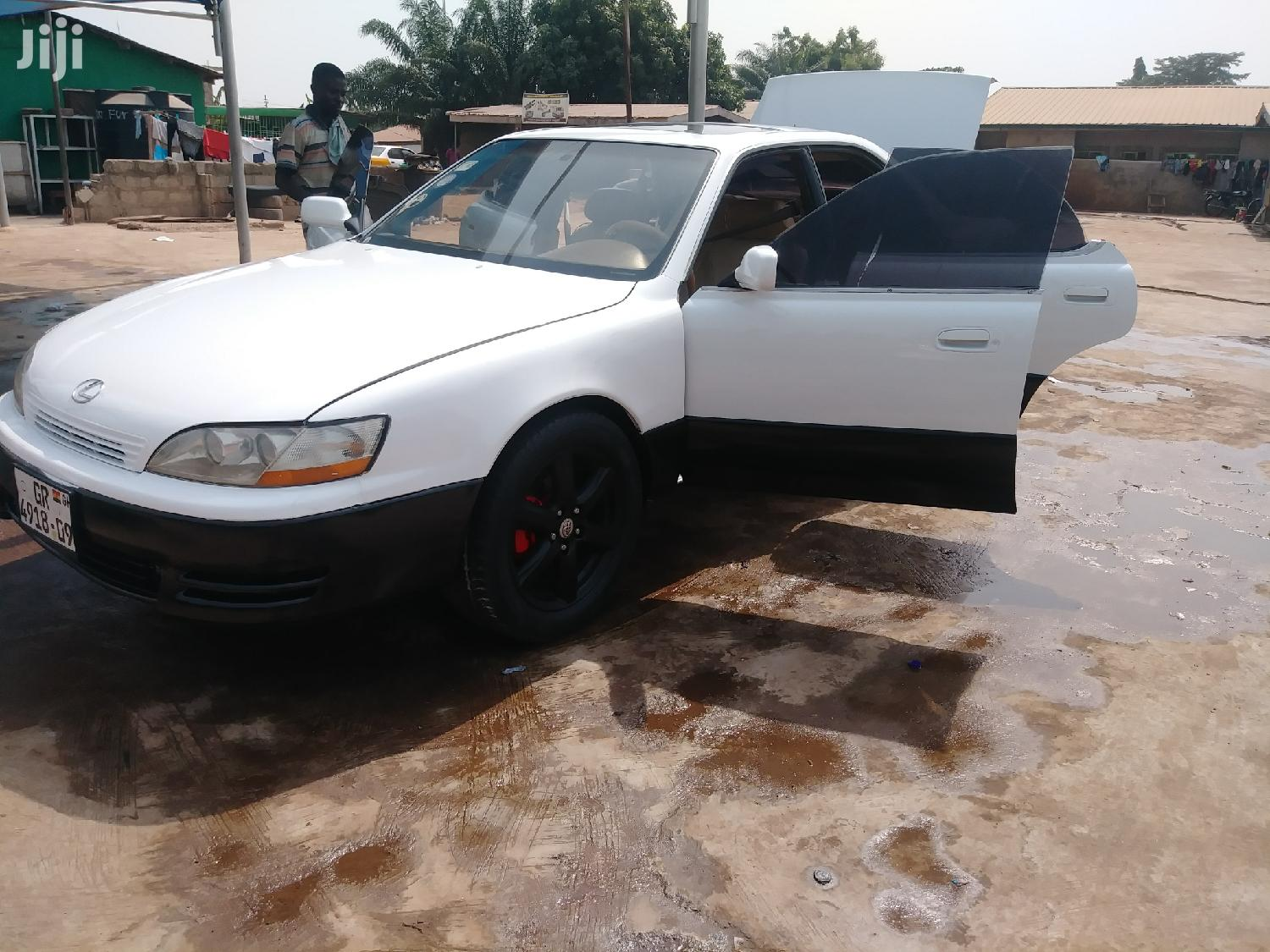Lexus ES 1994 White | Cars for sale in Adenta Municipal, Greater Accra, Ghana