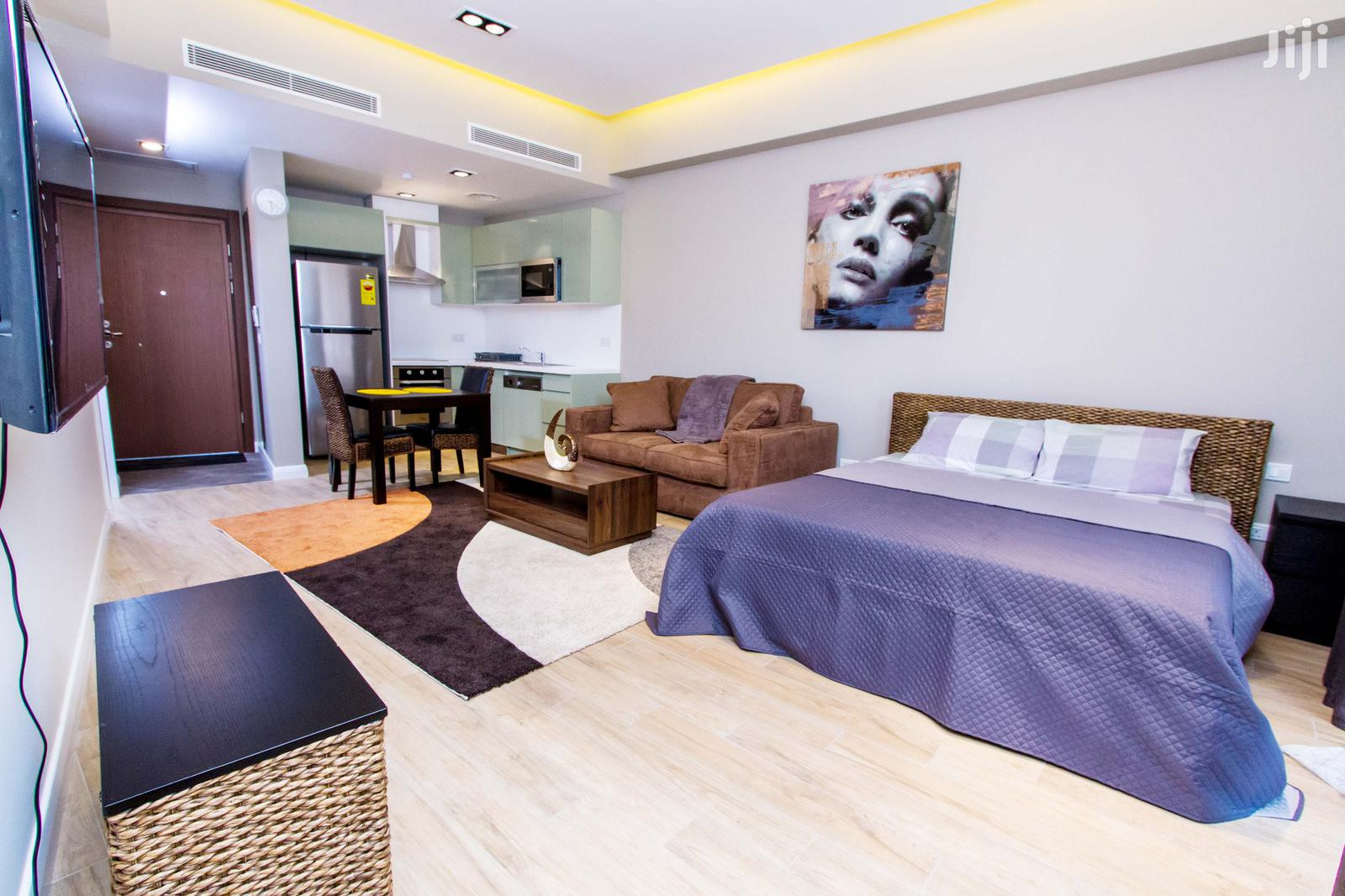 Archive: Luxurious Studio Apartment For Short And Long Rent