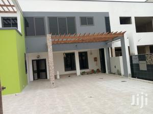 4bedroom With Toilet and Shower To-Let Accra