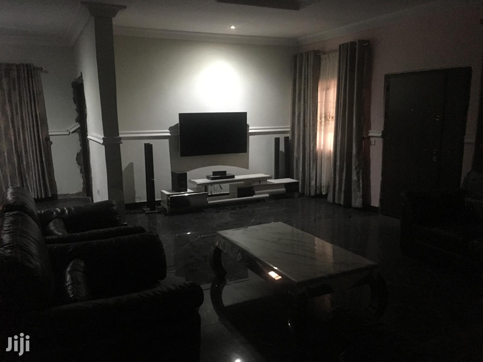 Archive: An Executive Fully Furnished 9bedroom Mansion Wit 2bedrom Boysquaters