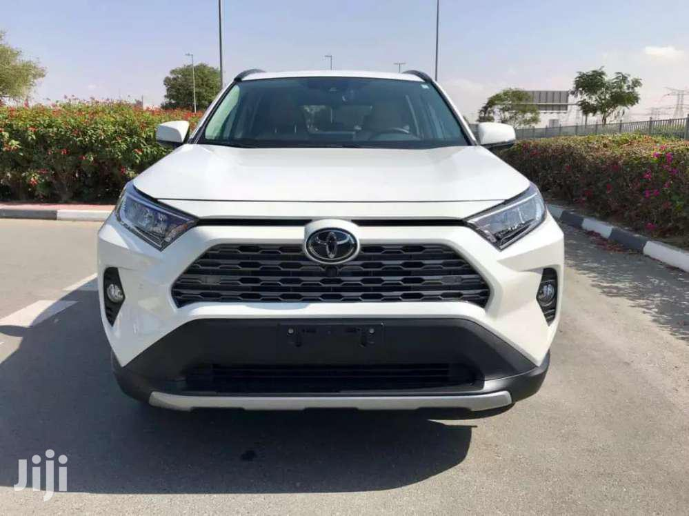 Archive: New Toyota RAV4 2019 White