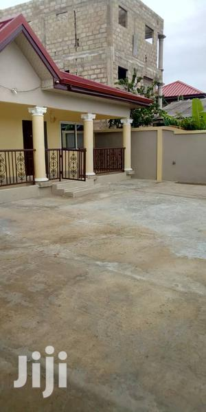 Tuba 3 Bedrooms All Master Plus Extra Washroom for Visitors 4 Rent | Houses & Apartments For Rent for sale in Central Region, Awutu Senya East Municipal
