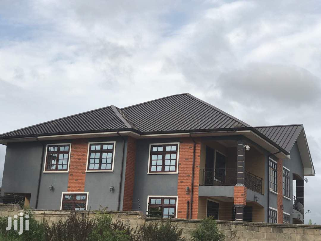 Executive 5 Bedroom House At Oyibi Selli