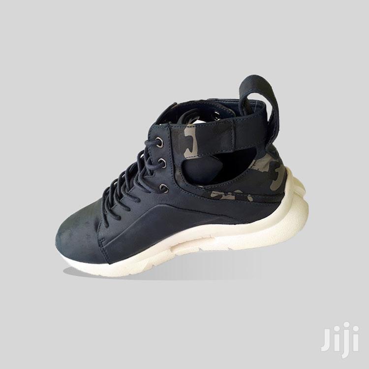 Original Steve Madden Kicks | Shoes for sale in Ashaiman Municipal, Greater Accra, Ghana