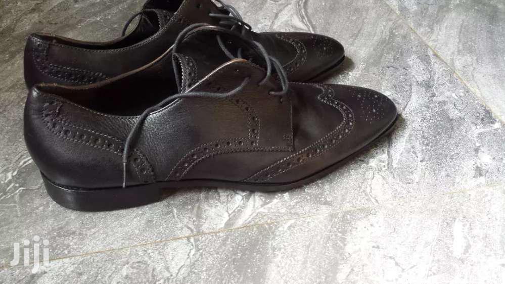 Black Shoe Size 44