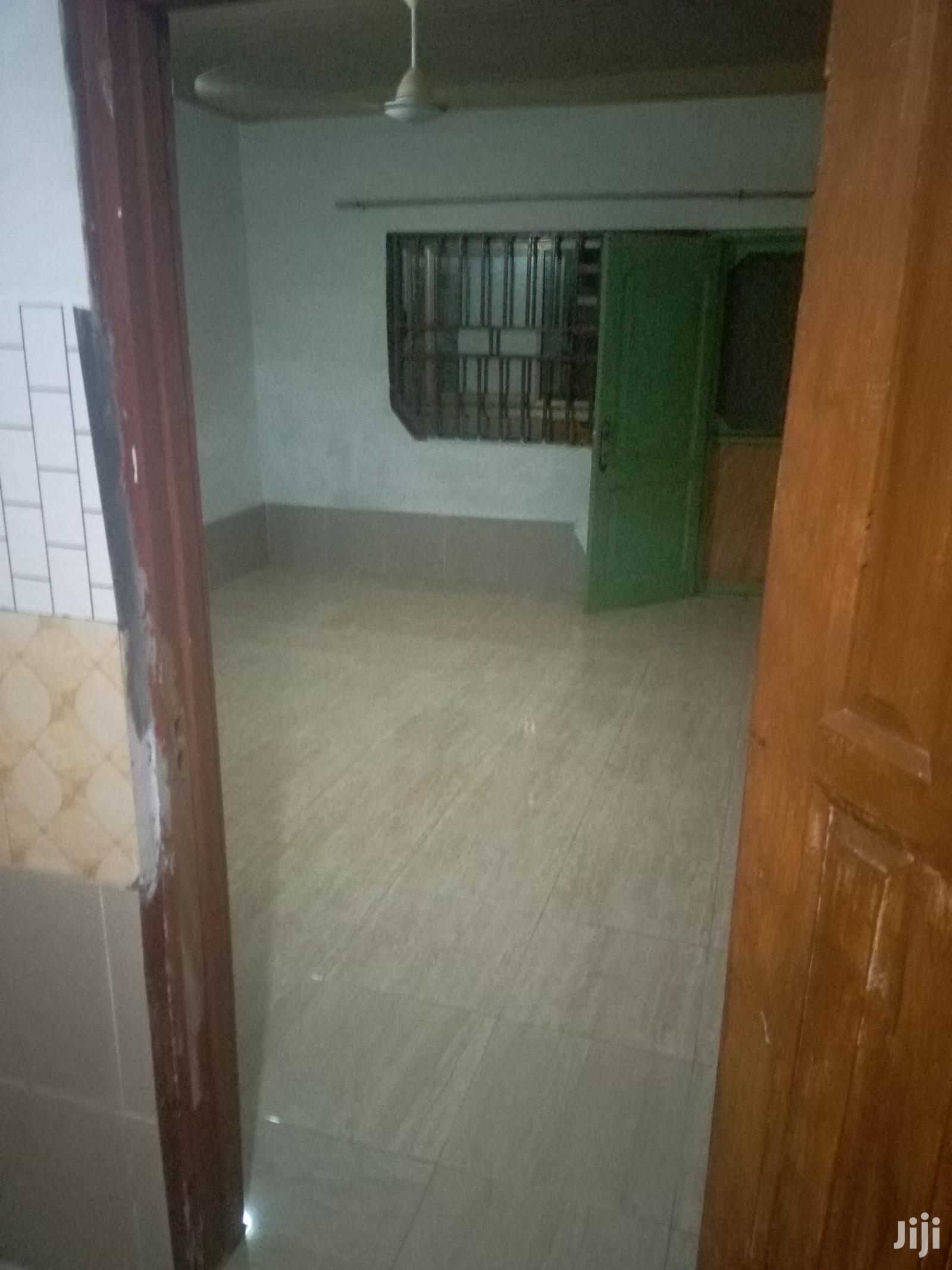 Executive Single Room S/C at Tse-Addo | Houses & Apartments For Rent for sale in Burma Camp, Greater Accra, Ghana