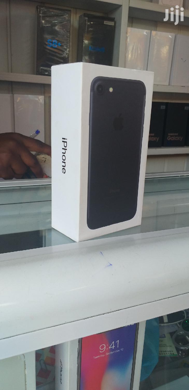 New Apple iPhone 7 128 GB Black