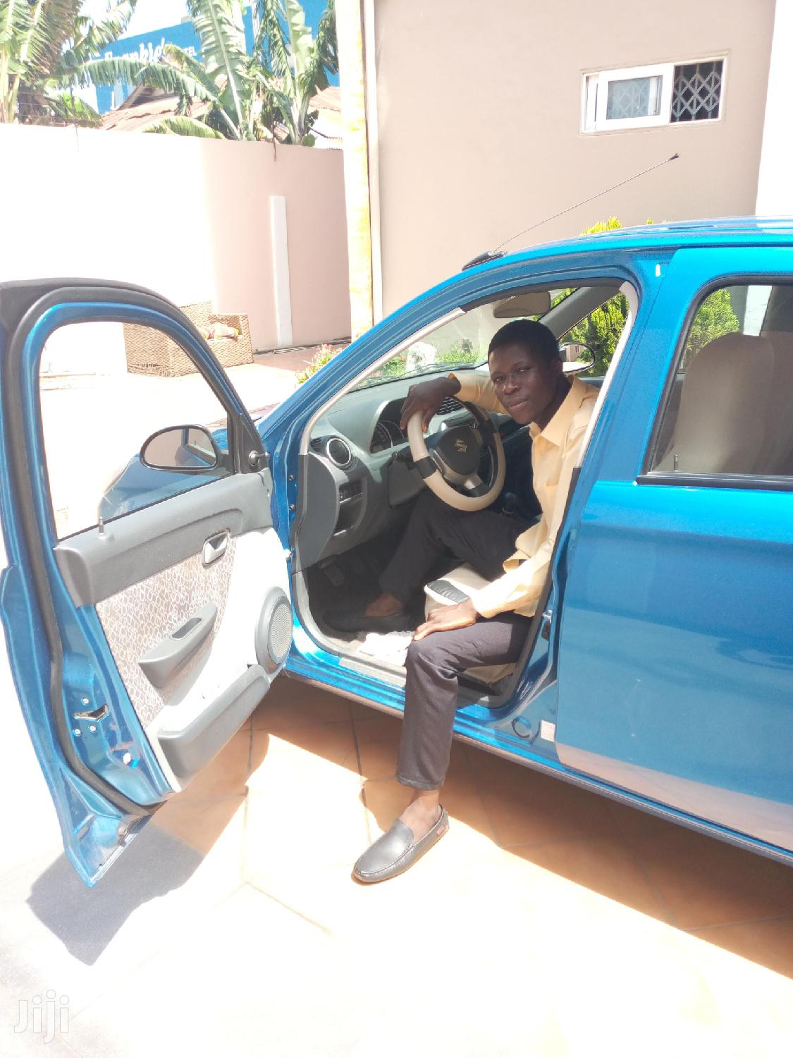 I'm a Driver With License B and C Looking for Private to Drive, Weekly 300 Cedi
